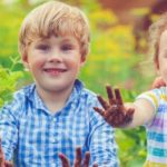 banner-happy-little-girl-and-boy-in-garden-picture-id639762824 (2)